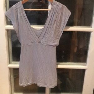 Cute sleeveless Greyish/ blue banana republic 👚